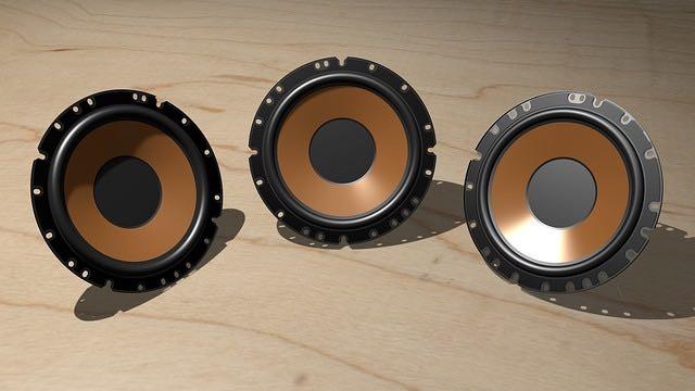 haut-parleurs pour installation stéreo voiture